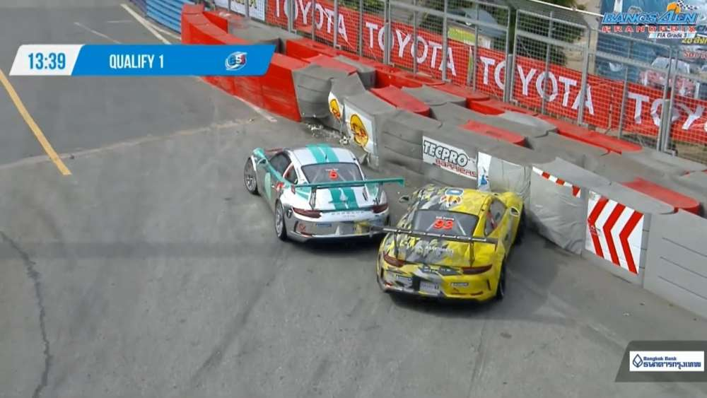 Porsche Carrera Cup Asia (ProAm) 2019. Qualifying 1 Bangsaen Grand Prix. Crashes_5d6a1eef38fec.jpeg