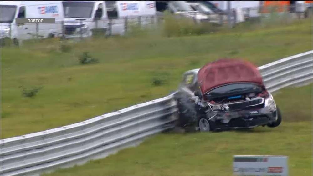 RCRS (S1600) 2019. Race 1 KazanRing. Multiple Car Crash_5d4bd76993c0f.jpeg