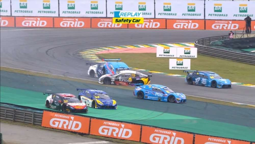 Stock Car Brasil Light 2019. Race 2 Autódromo de Interlagos. Start Crashes | Restart Crash_5d6640ffe31be.jpeg