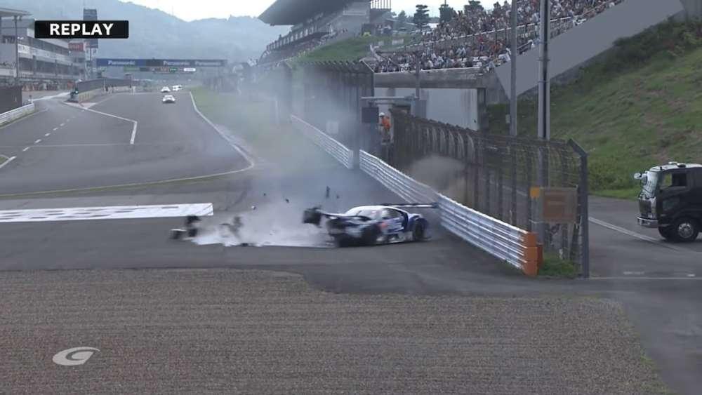 Super GT (GT500) 2019. Qualifying 2 Fuji Speedway. Koudai Tsukakoshi Crash_5d4554b52ffc3.jpeg