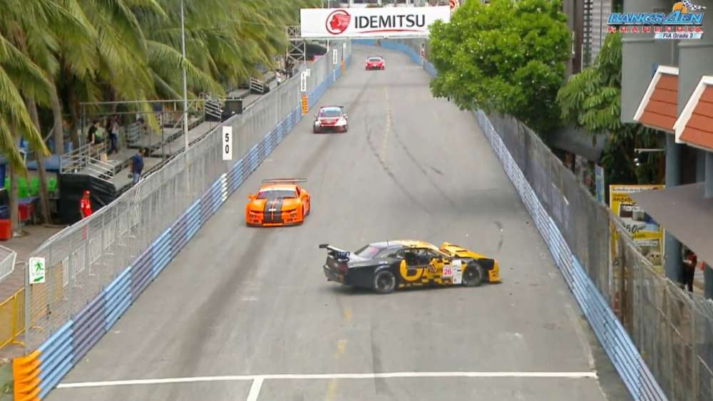 TA2 Thailand/Thailand Supercar GTC/Porsche Sp. 2019. Practice 2 Bangsaen Grand Prix. Crash Aftermath_5d678d9173b6d.jpeg