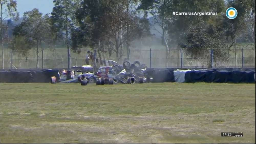 ACTC (TC Pick Up) 2019. Final Race Autódromo Roberto José Mouras. Christian Dose Big Crash_5d7e790d10271.jpeg