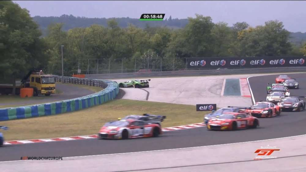 Blancpain GT World Challenge Europe 2019. Race 2 Hungaroring. Start Collision | David Perel Crash_5d74ec937c338.jpeg