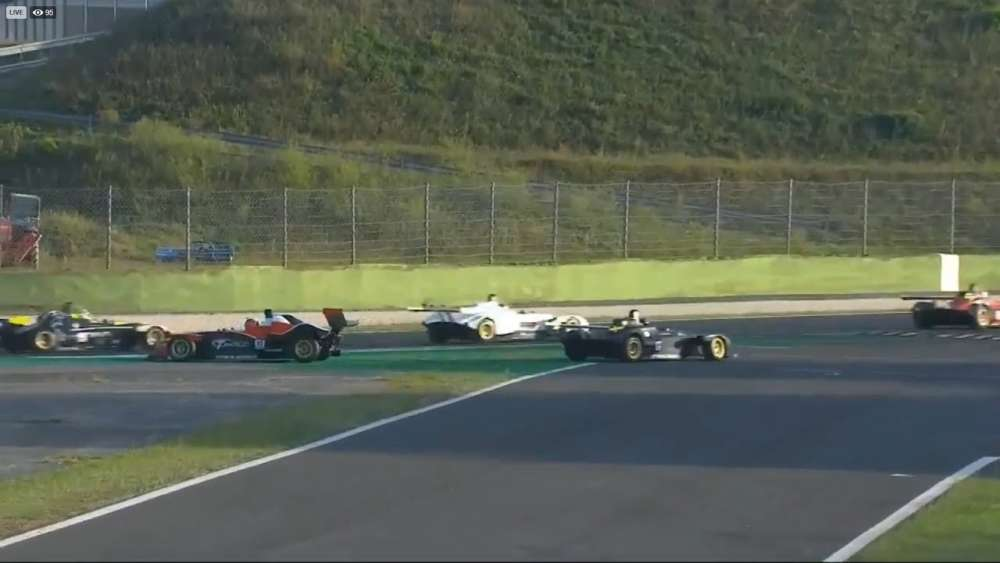 Campionato Italiano Sport Prototipi 2019. Race 1 Autodromo Vallelunga. Start Crash_5d7d15f59c283.jpeg