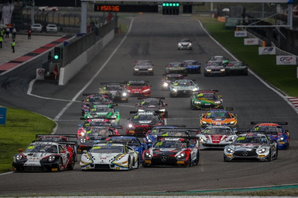 CHOI CROWNED BLANCPAIN GT WORLD CHALLENGE ASIACHAMPION_5d8f3723634ed.jpeg