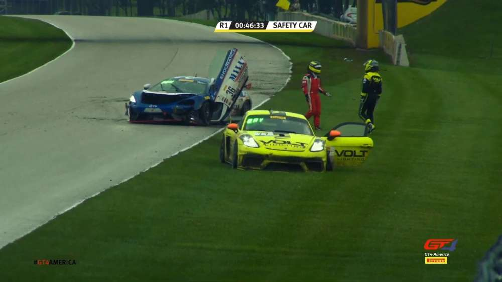 GT4 America (SprintX East) 2019. Race 1 Road America. Restart Donohue & Brynjolfsson Crash_5d86a627de8a4.jpeg