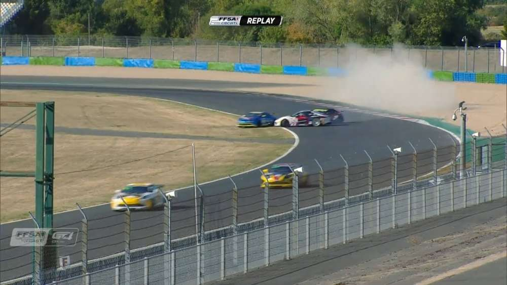GT4 France 2019. Race 2 Circuit de Nevers Magny-Cours. Multiple Off_5d7e525befdc3.jpeg