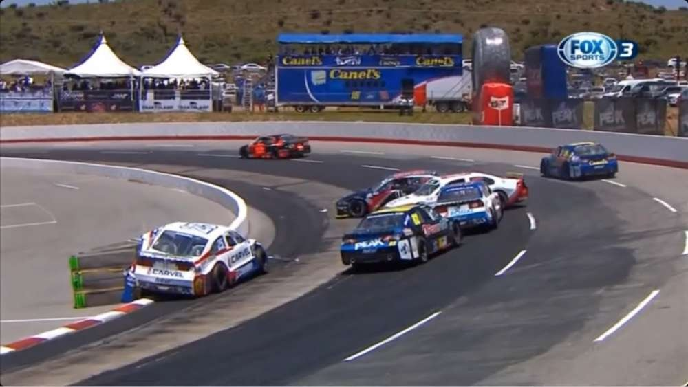 NASCAR FedEx Challenge 2019. Race Autódromo Potosino. Pile Up_5d6fcd2e49fa1.jpeg