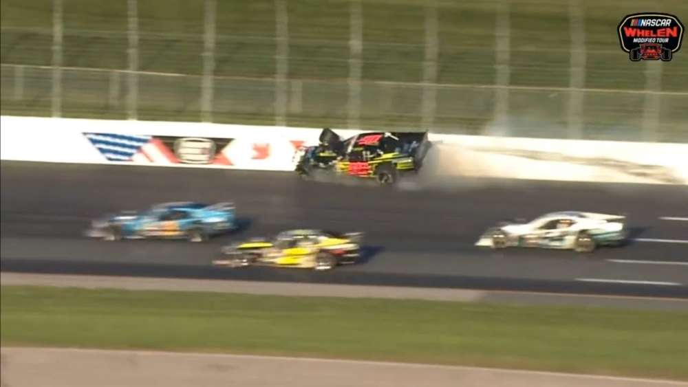 NASCAR Whelen Modified Tour 2019. New Hampshire Motor Speedway (2). Hard Crash_5d86a9ab7d0a9.jpeg