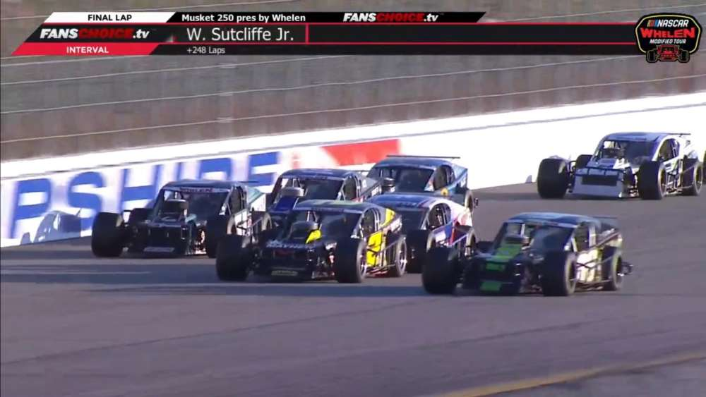 NASCAR Whelen Modified Tour 2019. New Hampshire Motor Speedway (2). Last Laps_5d86aaccf0741.jpeg