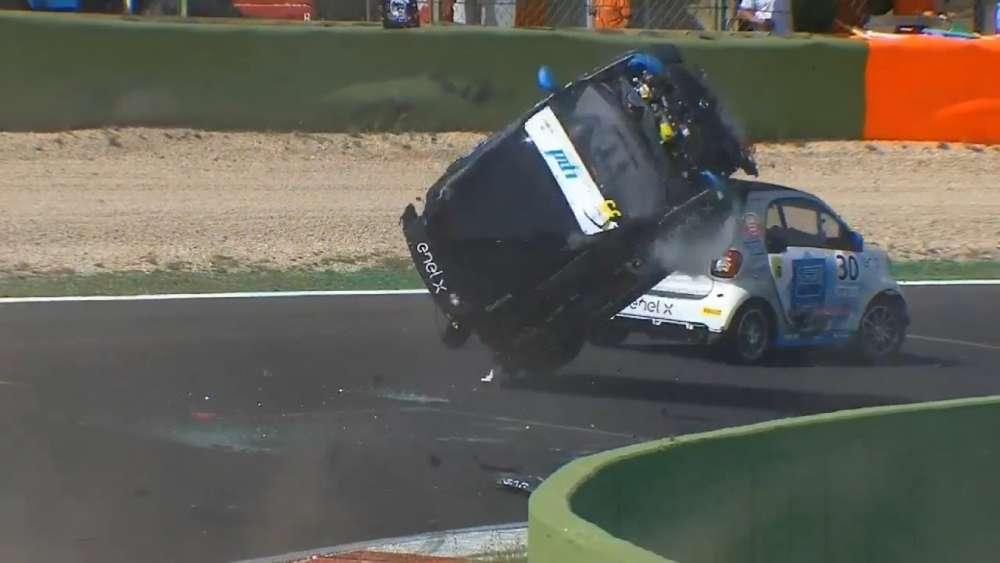 Smart EQ Fortwo E-Cup 2019. Race 2 Autodromo Vallelunga. WTF Crash | Huge Crash Rolls_5d80cfec6dc32.jpeg