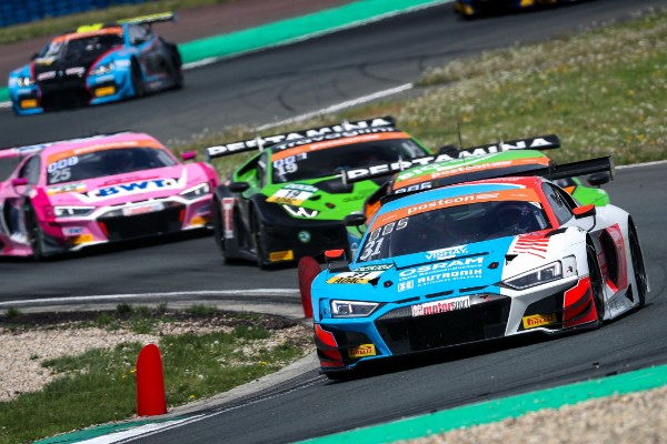 THE NEW ADAC GT MASTERS CHAMPIONS: KELVIN VAN DER LINDE AND PATRIC NIEDERHAUSER_5d80509e77ce4.jpeg