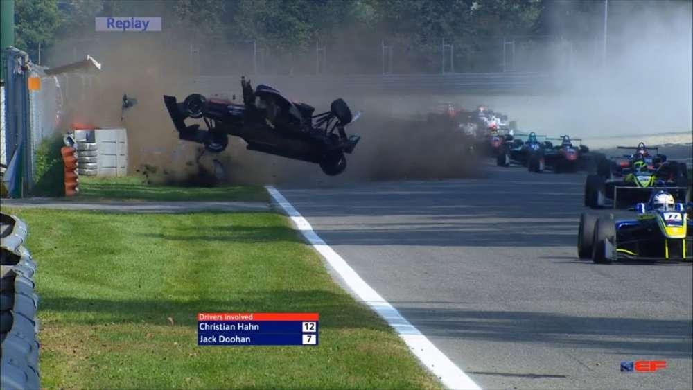 EuroFormula Open 2019. Race 2 Autodromo Nazionale Monza. Big Crash Flips_5da73f354795c.jpeg