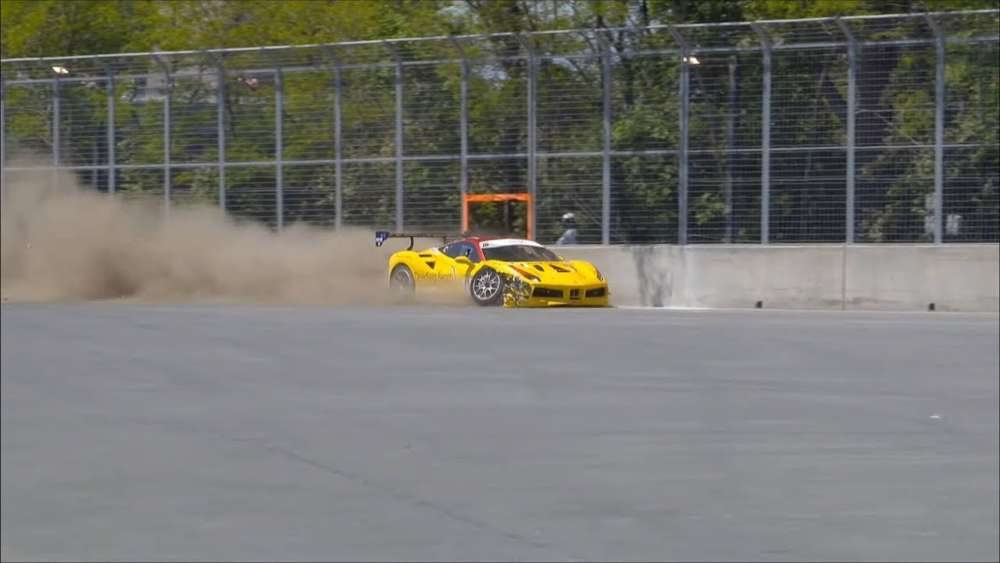 Ferrari Challenge North America 2019. Race 2 Circuit Gilles Villeneuve. Crash_5db37df36bbfc.jpeg