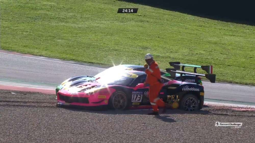 Ferrari Challenge (World Final Coppa Shell) 2019. Mugello Circuit. Start Crashes_5dba2ce12352a.jpeg