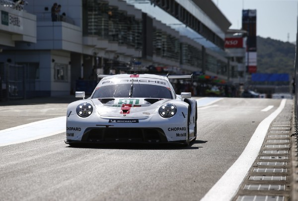 FIRST WEC POLE POSITION FOR THE NEW PORSCHE 911 RSR_5d98474c26061.jpeg
