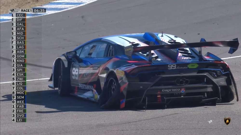 Lamborghini Super Trofeo Europe 2019. Race 1 Circuito de Jerez. Puncture Crash_5db37dca38222.jpeg