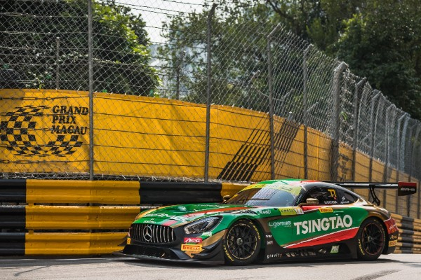 CRAFT-BAMBOO RACING QUALIFIES 6th FOR THE OPENING RACE OF THE FIA GT WORLDCUP_5dcead56b7d30.jpeg