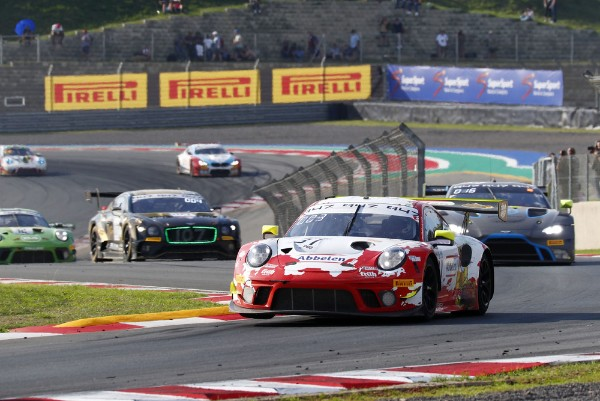 PORSCHE CLAIMS INTERCONTINENTAL GT CHALLENGE MANUFACTURES' AND DRIVERS' TITLES WITH WIN IN SOUTHAFRICA_5dda5c2f5f8bc.jpeg