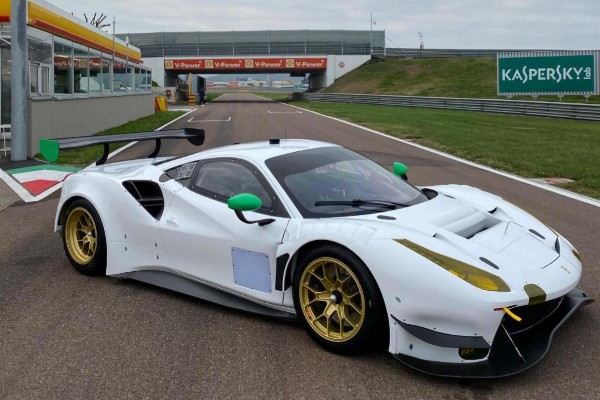 WEATHERTECH RACING ROLLS OUT NEW FERRARI 488 GT3 EVO_5de95ad02dd29.jpeg