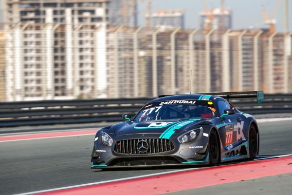 MARO ENGEL AND TOKSPORT WRT GIVE MERCEDES-AMG  24H DUBAI POLE_5e1753070227b.jpeg