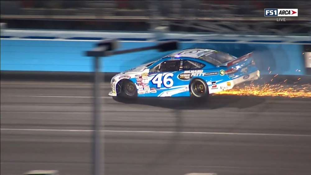 ARCA Menards Series 2020. Phoenix Raceway. Thad Moffitt Crash_5e638e863e803.jpeg