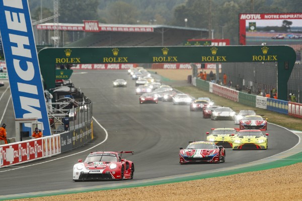 SPIRITED PERFORMANCE IN THE EARLY PHASE KEEPS PORSCHE WITHIN STRIKING DISTANCE AT LEMANS_5f668ae07025d.jpeg
