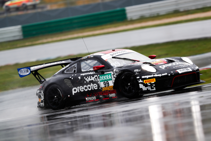 PORSCHE ONE-TWO IN RAIN-HIT ADAC GT MASTERS LAUSITZRING PRACTICESESSION_5f9c27dc3699c.jpeg