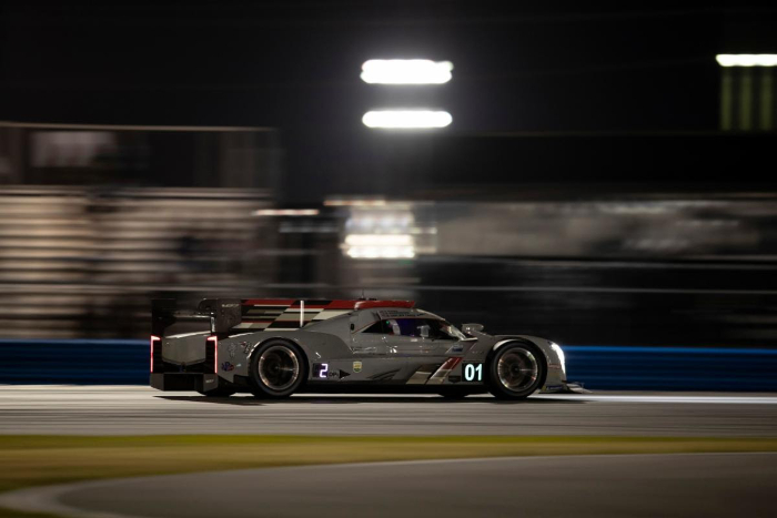 CHIP GANASSI RACING CADILLAC LEADS ROLEX 24 AT 16-HOURS_6016c368caddc.jpeg