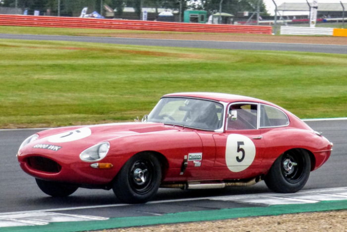THE SILVERSTONE CLASSIC 2021 SERVES UP A DOUBLE HELPING OF AUTOMOTIVE ANNIVERSARIES_5ff8710a3d9e2.jpeg