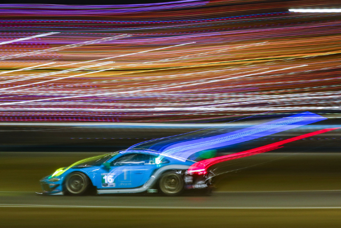 WRIGHT MOTORSPORTS' PORSCHE 911 GT3 R FINISHES FOURTH AT DAYTONA_60176c1b940cf.jpeg