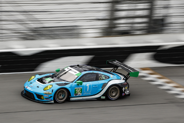 WRIGHT MOTORSPORTS' PORSCHE 911 GT3 R STARTS FROM POLE POSITION AT DAYTONA_600d50a39ed6b.jpeg