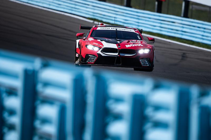 BMW TEAM RLL QUALIFIES THIRD AND FOURTH FOR THE SIX HOURS OF THEGLEN_60d7aee5a4547.jpeg