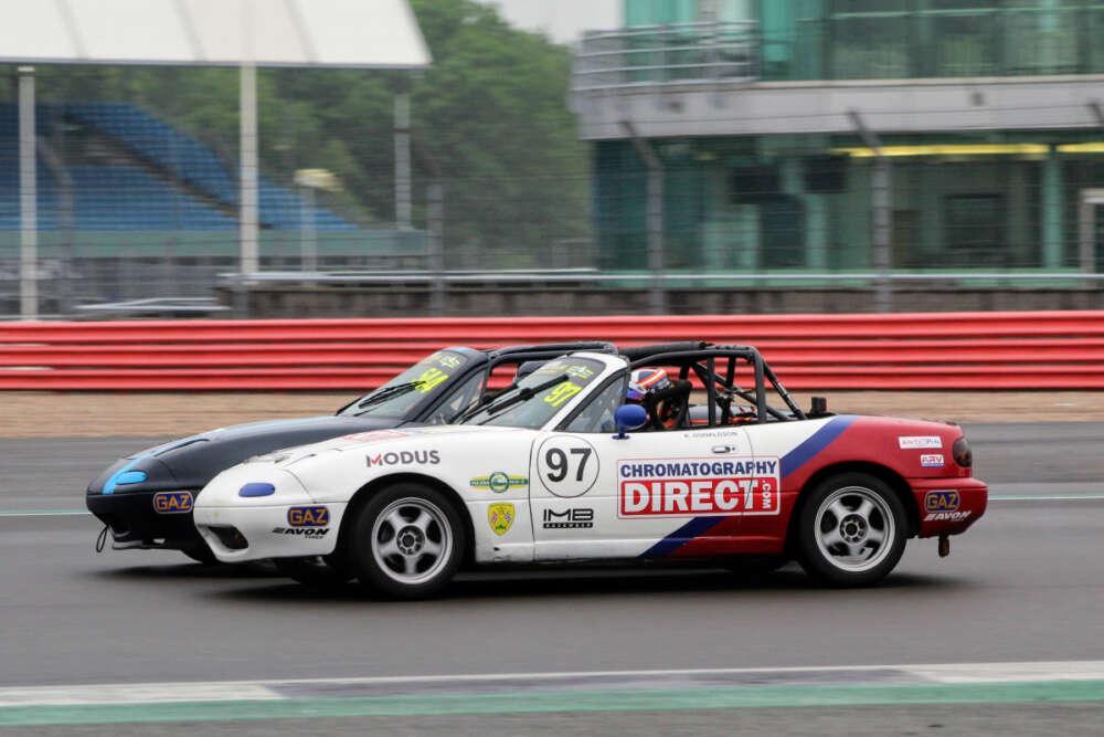 BRSCC RACE WEEKEND SILVERSTONE MAZDA MX-5PHOTO-SHOOT_60d4631d056db.jpeg